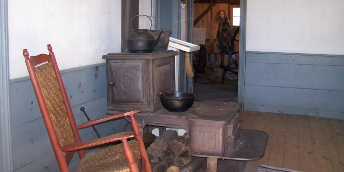 Sherk Log House Kitchen