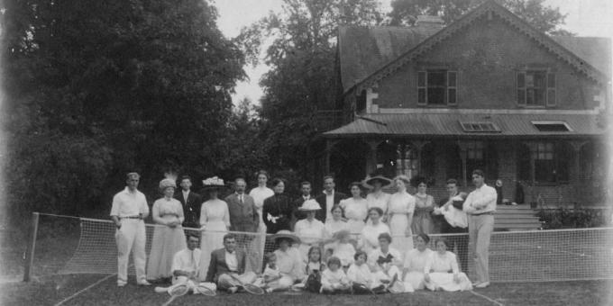 Aurora's First Tennis Club on the Grounds of Hillary House, 1913