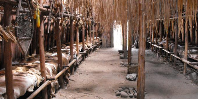 Huronia Museum Ouendat Longhouse
