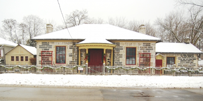 McDougall Cottage - Winter