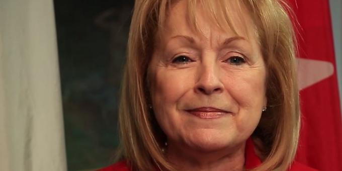 L'honorable Madeleine Meilleur, Députée d'Ottawa-Vanier, Procureur générale et ministre déléguée aux Affaires francophones