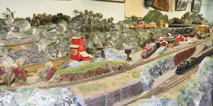 Working HO-gauge rail model in the Ron Morel Memorial Museum