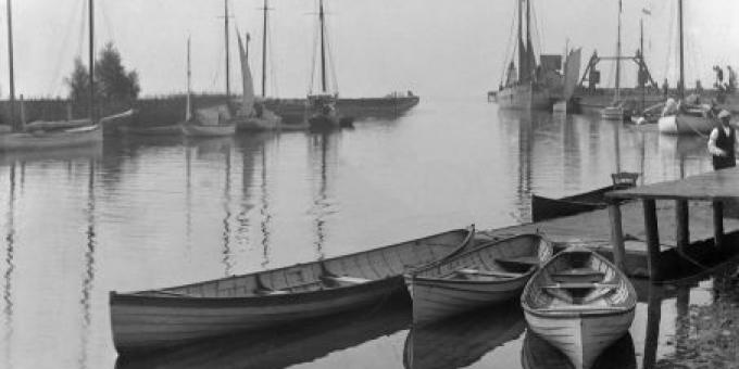 PORT DOVER HARBOUR - 1895