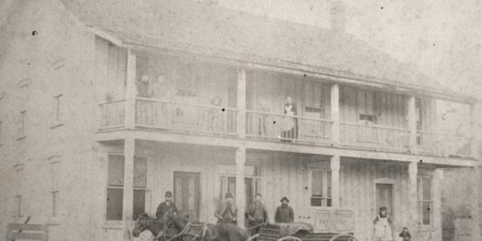 Teeterville Hotel