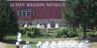 Upscale barn-like venu perfect for weddings, meetings and events in Milton