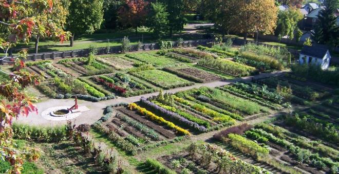Dundurn's 2-acreHistoric Kitchen Garden