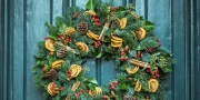 """""""Not Your Traditional Wreath"""" Indoor Christmas Display"""